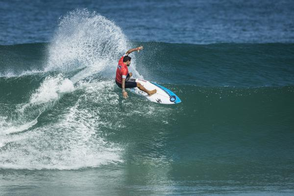 Alex Ribeiro (SP) (Poullenot / WSL via Getty Images)