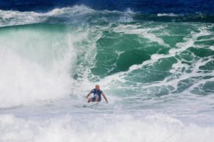 Kelly Slater (EUA) (Damien Poullenot / WSL via Getty Images)