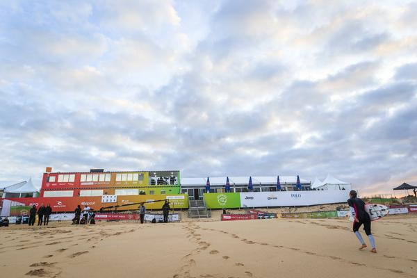 MEO Rip Curl Pro (Damien Poullenot / WSL via Getty Images)