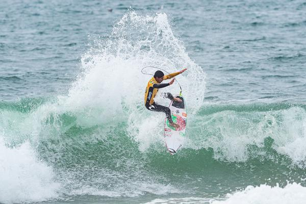 Gabriel Medina-SP (Damien Poullenot / WSL via Getty Images)