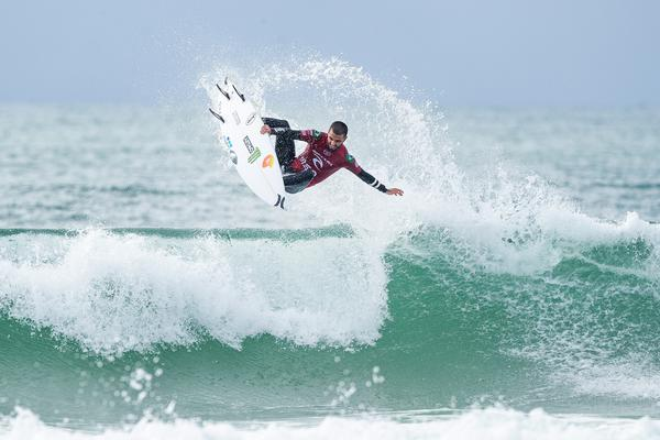Filipe Toledo-SP (Damien Poullenot / WSL via Getty Images) Filipe Toledo-SP (Damien Poullenot / WSL via Getty Images)