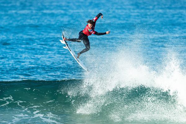 Jordy Smith-AFR (Damien Poullenot / WSL via Getty Images)